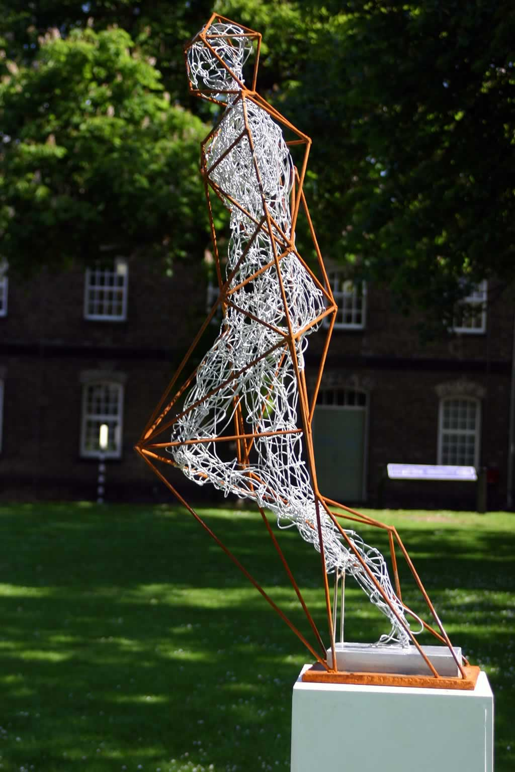Between The Lines (abstract figurative sculpture) by sculptor Ian Campbell-Briggs