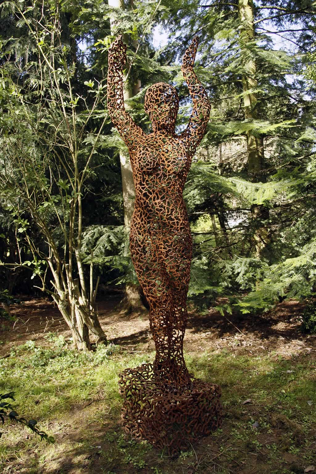 Eve at Burghley House (abstract figurative sculpture) by sculptor Ian Campbell-Briggs