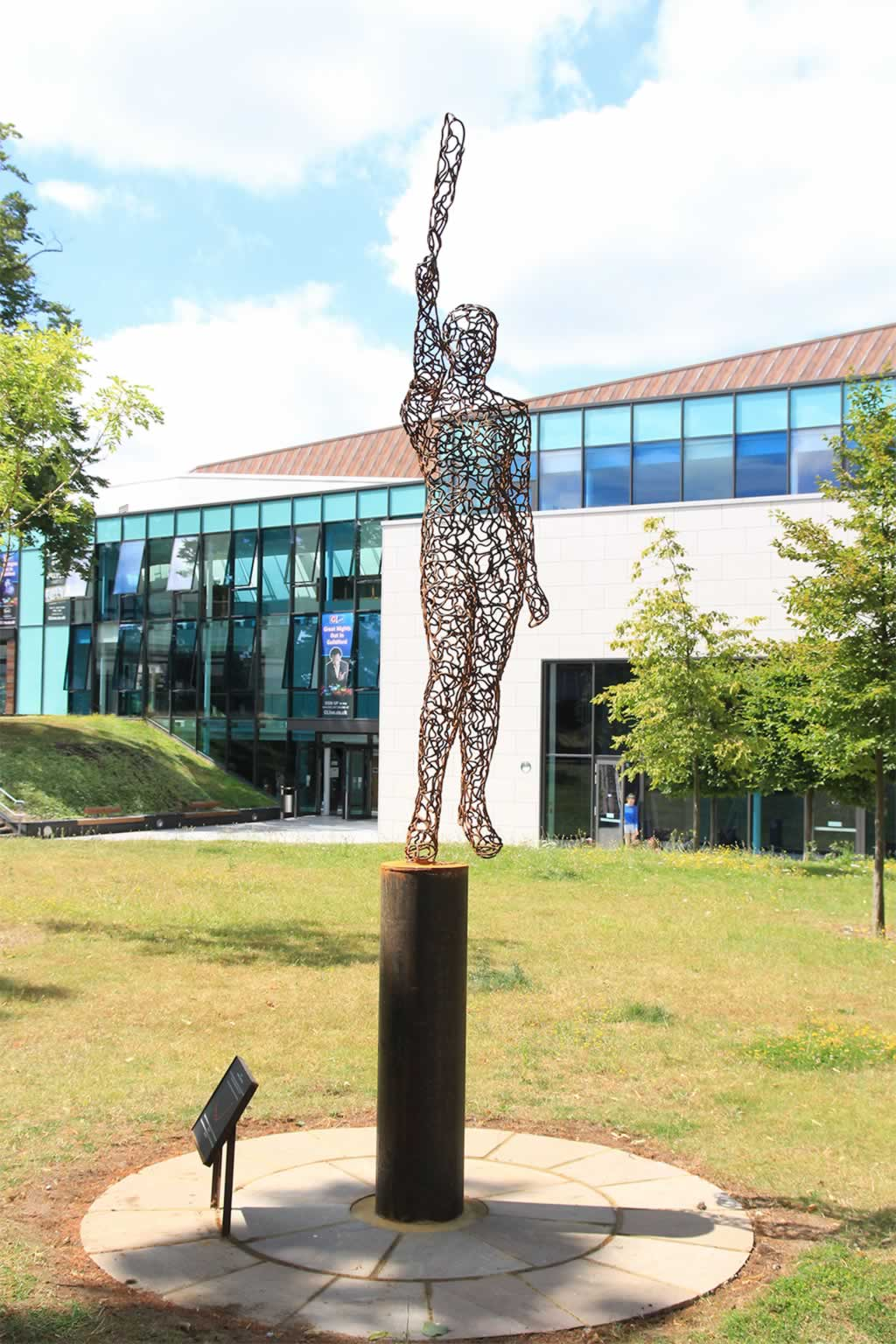Juno at G-Live, Guildford (abstract figurative sculpture) by sculptor Ian Campbell-Briggs