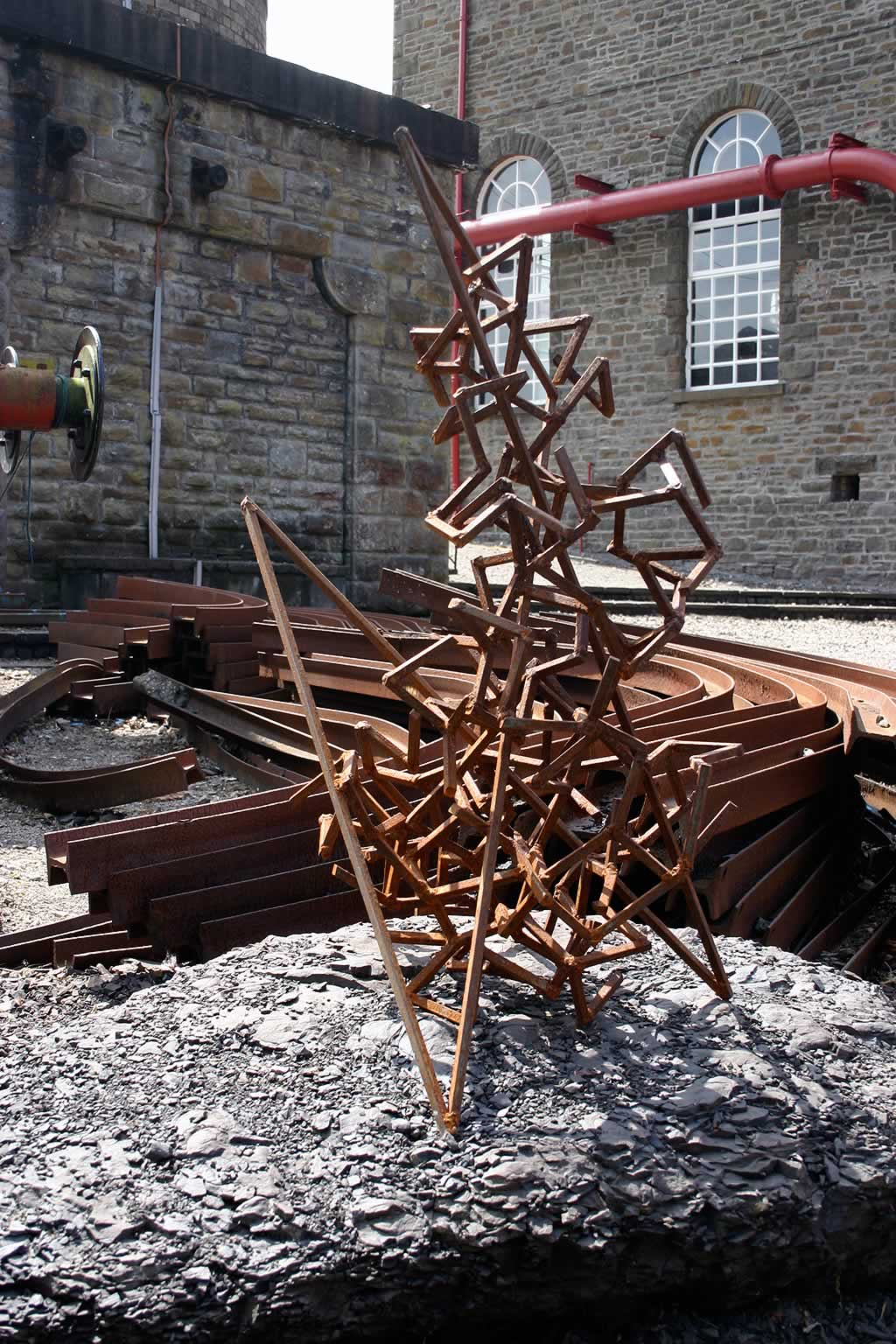 King-Post at Rhondda Heritage Park (abstract sculpture) by sculptor Ian Campbell-Briggs