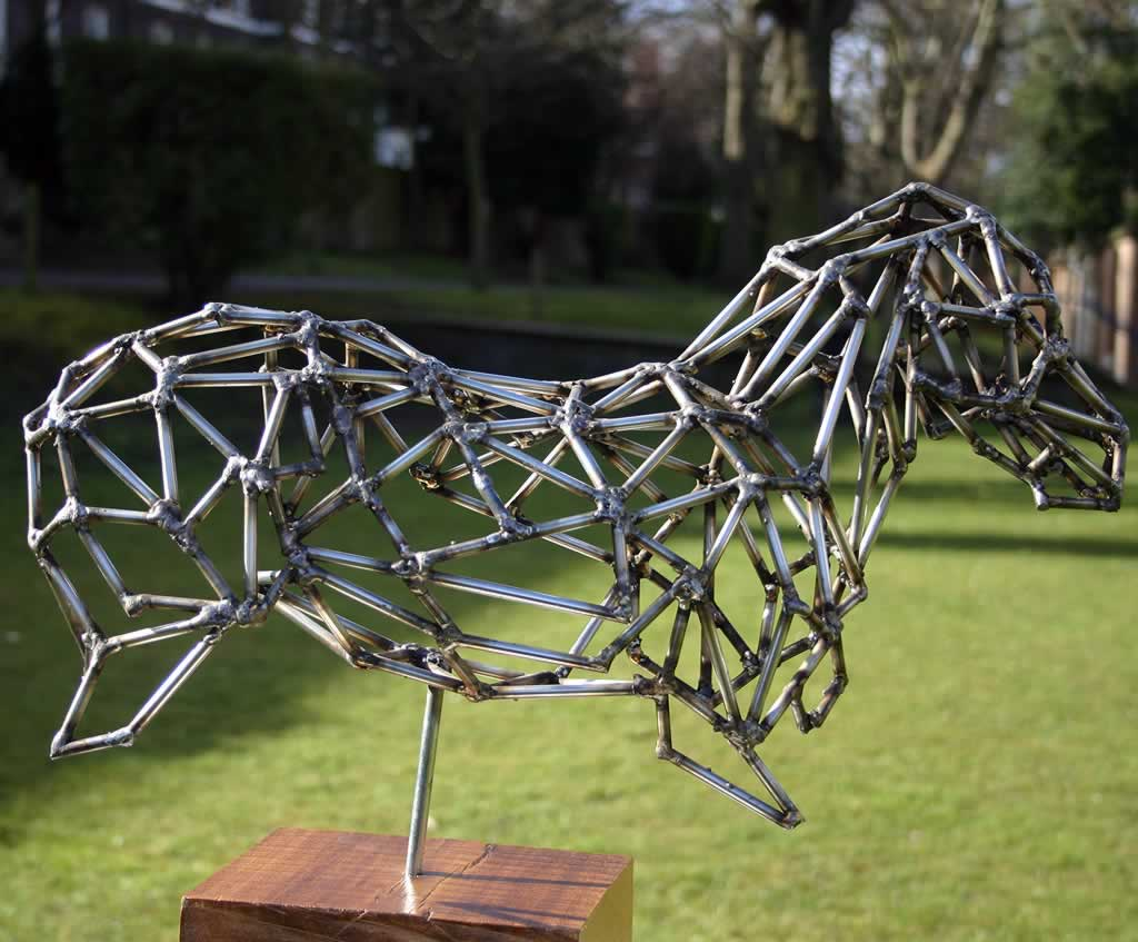 Podagros (abstract figurative sculpture) by sculptor Ian Campbell-Briggs