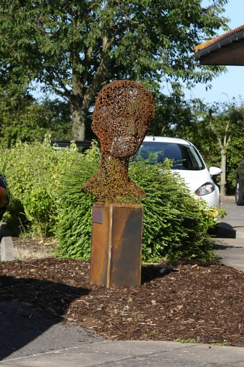 W-M-C at Friston House (abstract figurative sculpture) by sculptor Ian Campbell-Briggs