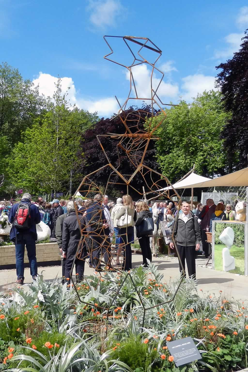 Xylem at the Chelsea Flower Show (abstract sculpture) by sculptor Ian Campbell-Briggs